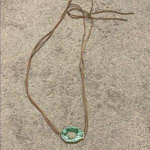 Tie geode necklace